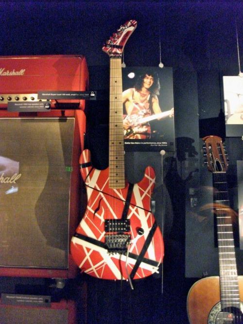 Vanhalen_guitar